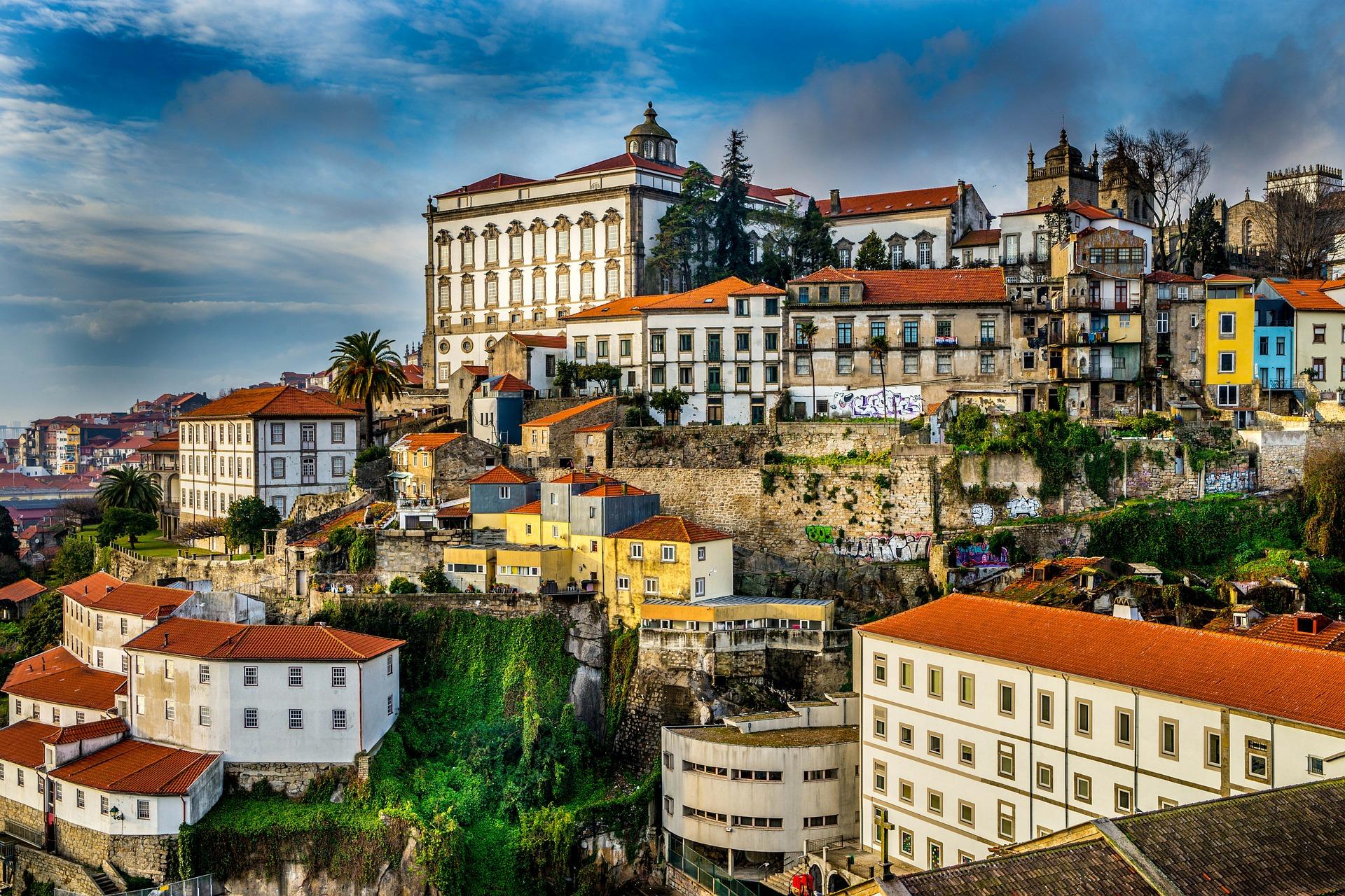 4 star deluxe hotel in Porto